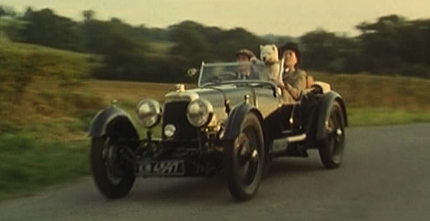 on American road etiquette and laws and the Bertram Wooster effect