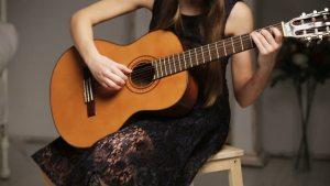 Liên hệ giáo viên dạy Guitar tại TP HCM
