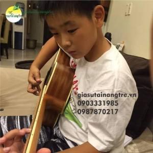 Gia sư đàn Guitar tại huyện Hóc Môn