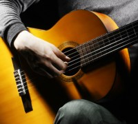 Cách chọn đàn Guitar giá rẻ, chất lượng