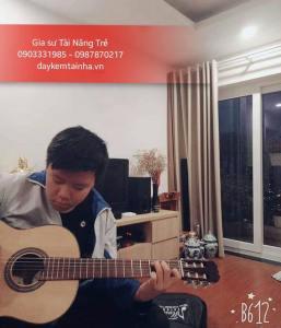 Nhận gia sư dạy đàn Guitar tại quận 12