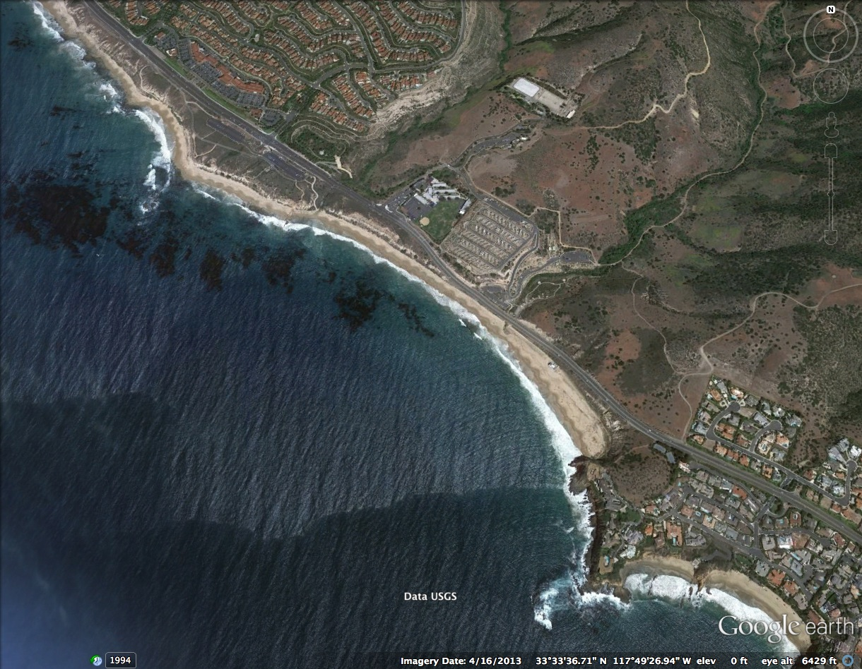 Google satellite image of Crystal Cove State Park beach