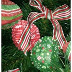 How To Make a Tree Garland From Mini Cupcake Liners