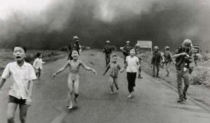 Black & White picture of crying children fleeing in Vietnam