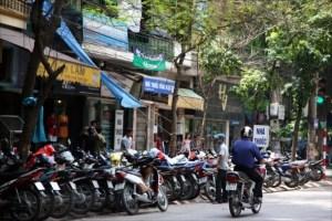 Hanoi-motorbike-parking