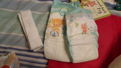 Step by step how to change a nappy for a child in a spica