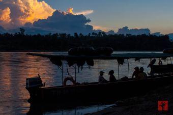 Después de seguir el camino del río durante algunas horas, llegamos a nuestro destino, el pueblo de Misahuallí, en pleno atardecer.