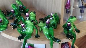 Frogs Holding Wine Glasses DearKidLoveMom.com