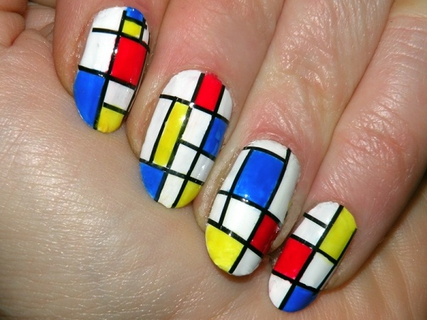vernis-shellac-idee-deco-ongles-formes-geometriques