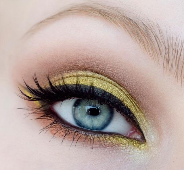 maquillage yeux idee-ete-eye-liner-fard-paupieres