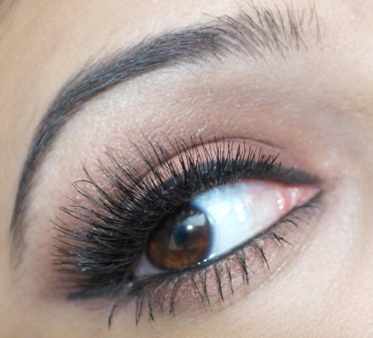 maquillage-yeux-idee-ete-eye-liner-mascara-fard