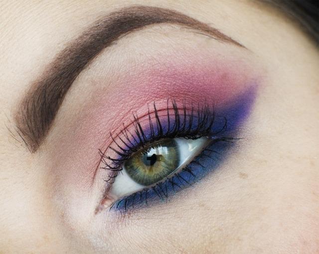 maquillage yeux idee-ete-fard-bleu-violet-mascara