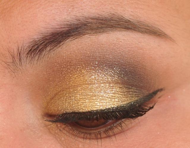 maquillage-yeux-idee-ete-fard-paillette-eye-liner-mascara