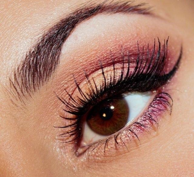 maquillage-yeux-idee-ete-fard-paillette-mascara