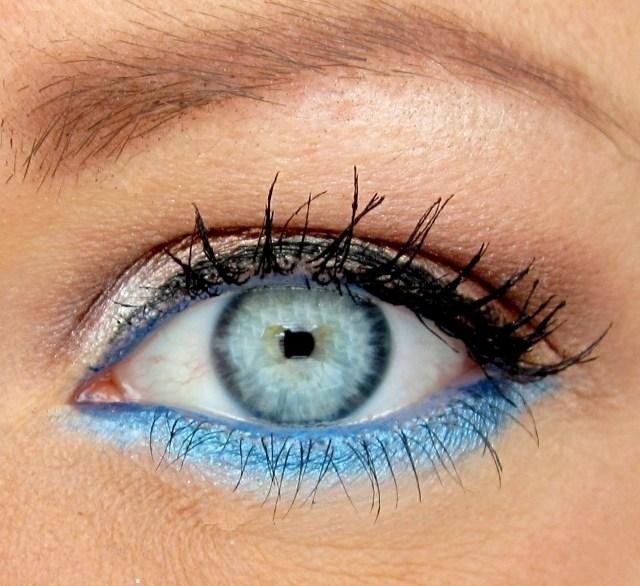 maquillage-yeux-idee-ete-fard-paupiere-bleu-mascara-eye-liner