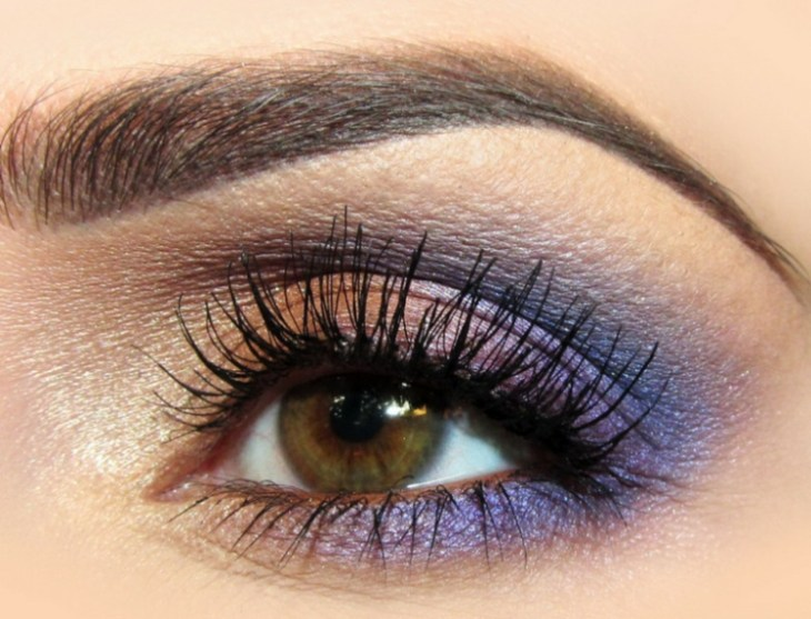 idees-maquillage-ete-mascara-ombre-paupières-lilas-rose-or