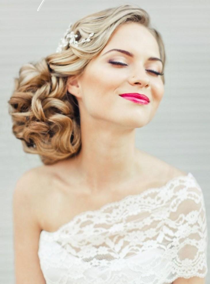 maquillage mariée 2015 mettre accent lèvres-couleur-cyclamen