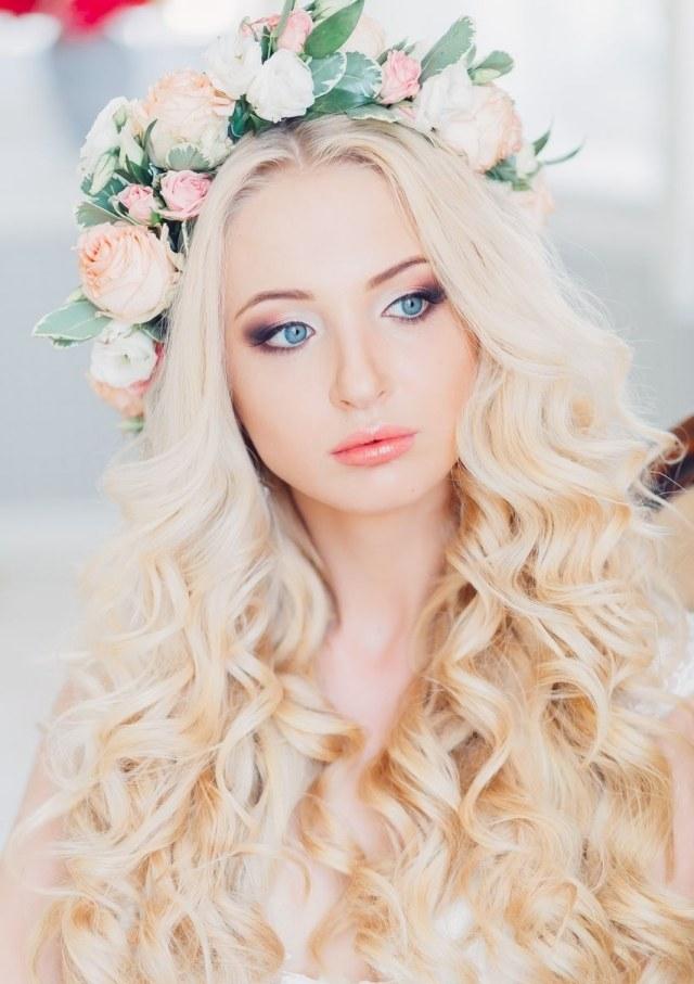 maquillage-mariée-naturel-boucles-romantiques-couronne-fleurs