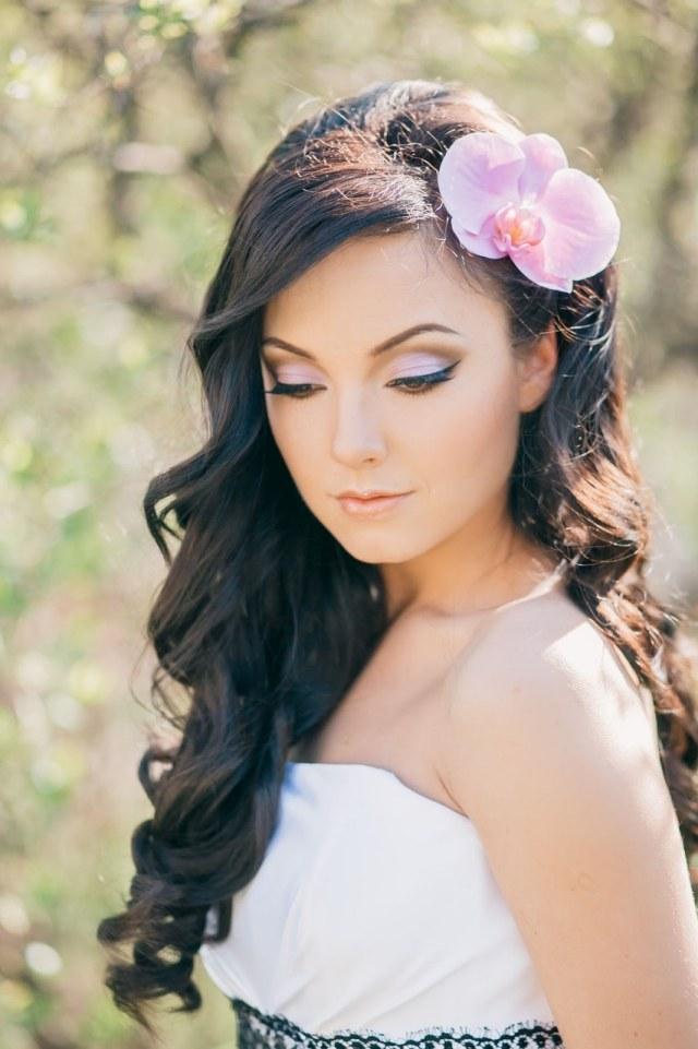 maquillage-mariée-naturel-fard-paupières-rose-orchidée-assortie