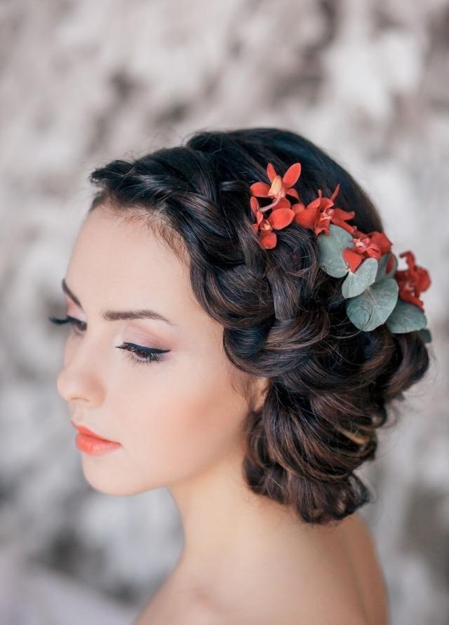 maquillage-mariée-naturel-fard-paupières-rouge-lèvres-fleurs-orange