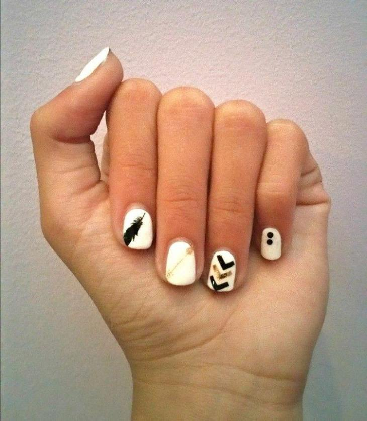 tatouages-éphémères-nail-art-ongles-courts-vernis-blanc-plume-flèche