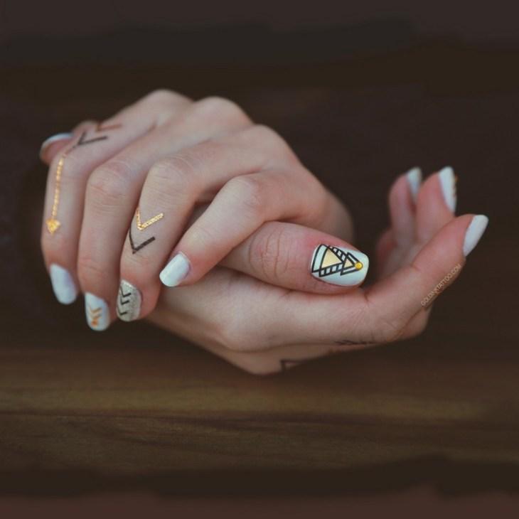 tatouages-éphémères-ongles-swag-vernis-formes-géométriques