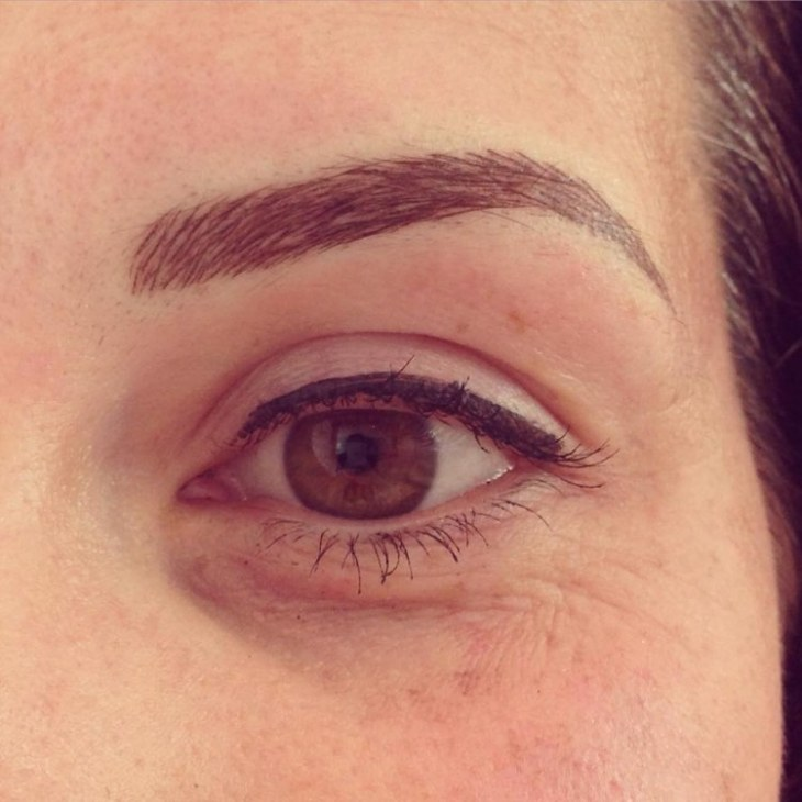 maquillage-permanent-sourcils-ombrage-poil-par-poil-eye-liner