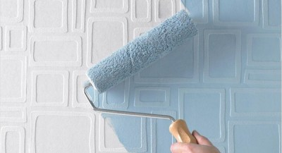 Painting over wallpaper – is it a good or a bad idea?