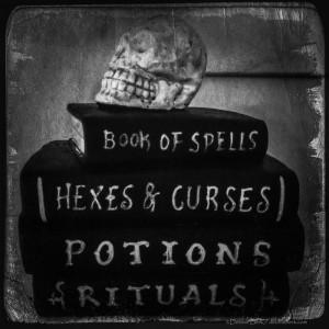 Skull-Books