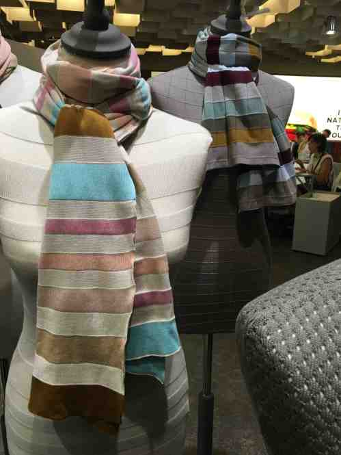 pitti scarves 4:4