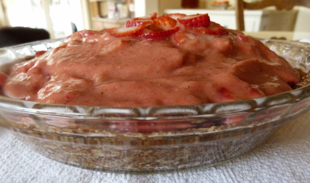 Strawberry Pie with Pecan Crust