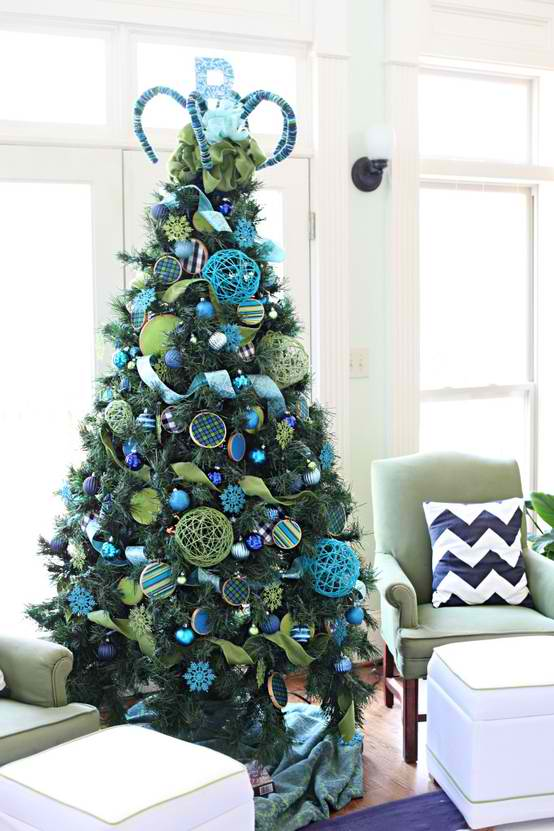 37 Inspiring Christmas Tree Decorating Ideas   Decoholic christmas 23 tree decorating ideas