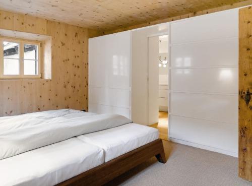 antigua-casa-rustica-interior-moderno-7