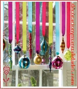 cortina de navidad con esferas
