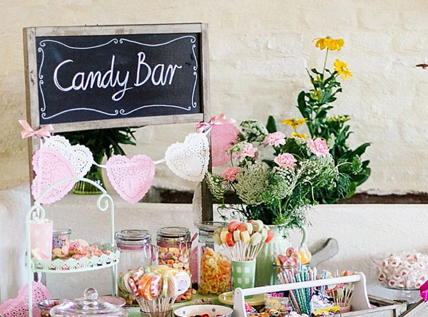 Cómo montar una candy bar o mesa dulce.