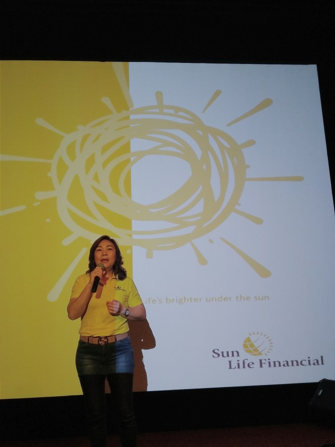 Ibu Elin Waty, Director and Chief Distribution Officer Sun Life