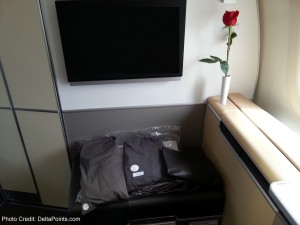 jammies and 1st class kit lufthansa 747-8 delta points blog