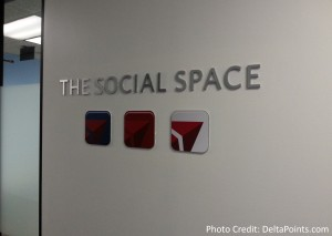 twitter - facebook and more socal space at Delta CORP Delta Points blog (2)