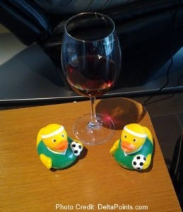 world cup ducks LH 1st lounge FRA Delta Points