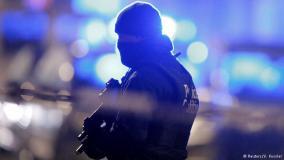 """التحديات التي تواجه الغرب في مكافحة الإرهاب وكيفية التعامل: النهج الهولندي """"نموذجاَ"""""""