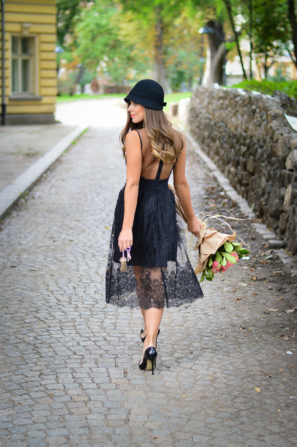 Bulgarian Fashion Blogger Denina Martin dressed in black lace dress from Liu Jo in Bulgaria Mall