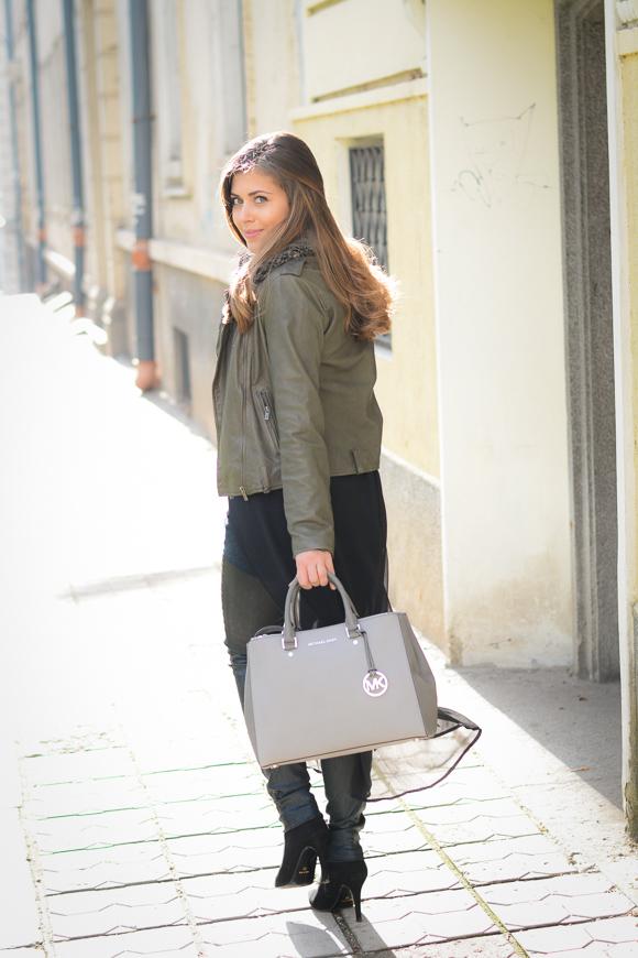 Pepe-Jeans-Shopping-The-Sales-Green-Biker-Bulgarian-Mall-Denina-Martin-4