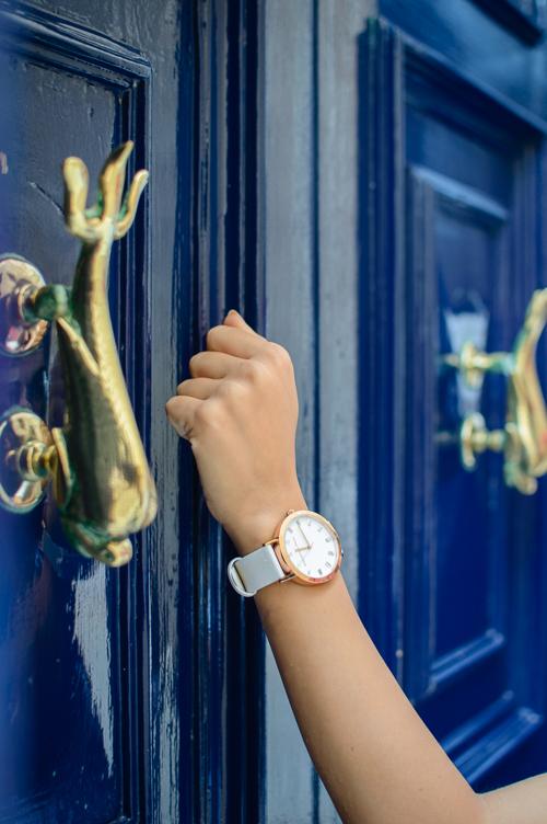Knock knock Christian Paul Watch