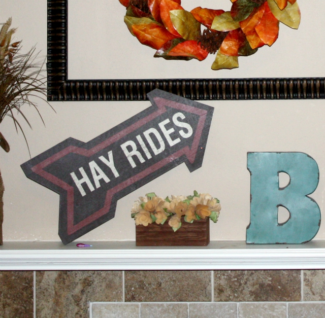 Fall Decor Ideas Pops of Interest Hayride Sign