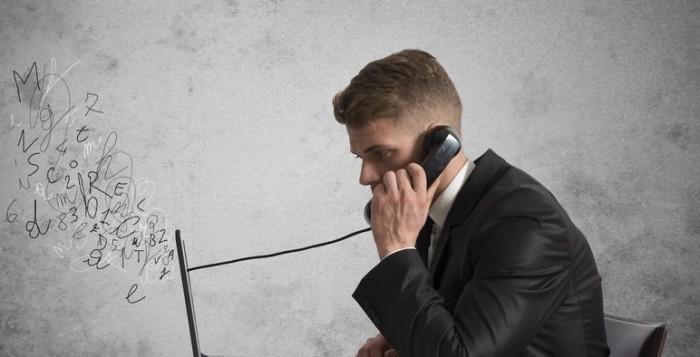 bellen-telefoon-zakelijk-bellen-koude-acquisitie-700x357