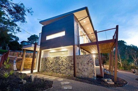 Casa moderna de dos pisos, tres dormitorios y 212 metros cuadrados
