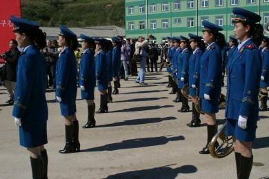 Ein Bild der Pjöngjanger-Fashionweek (Frühlingskollektion).