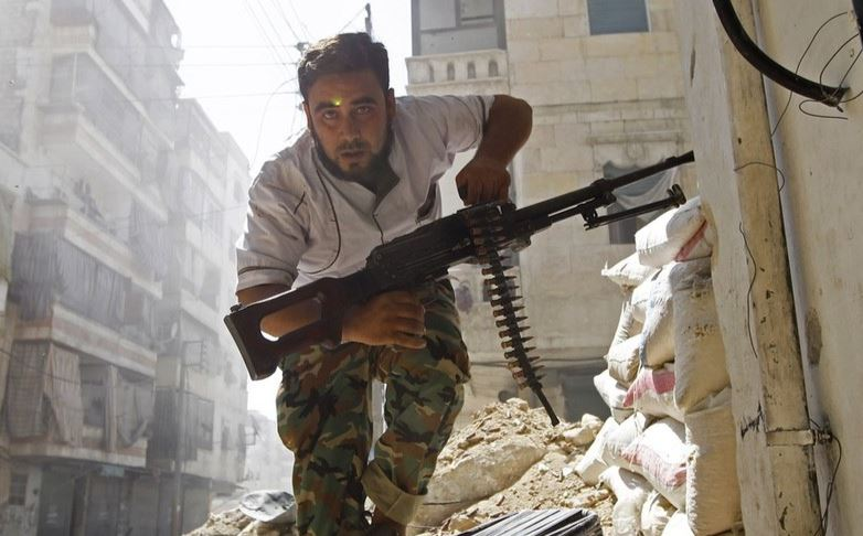 Syrischer Rebellenkämpfer in Aleppo (2012)
