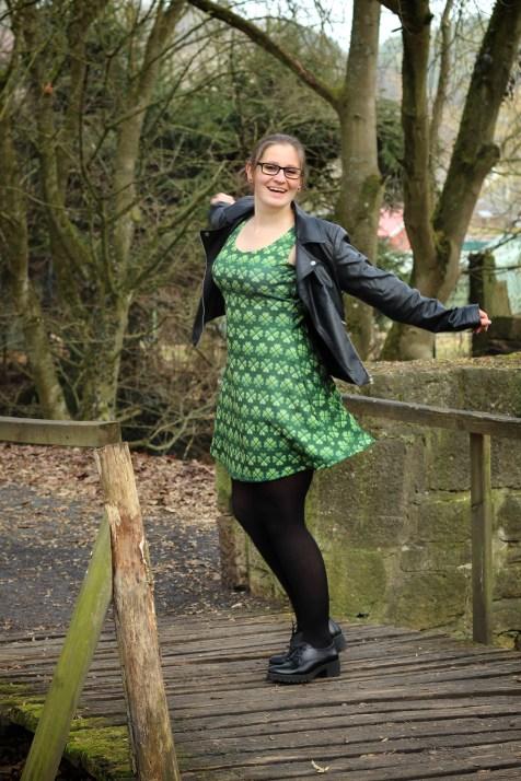 Kleid St Patricksday grün kleeblatt 11