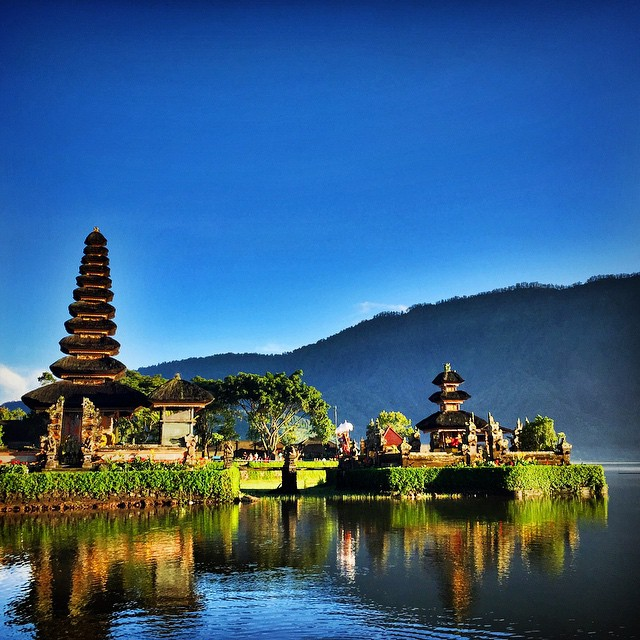 AOA 137 | Stories From Bali – Living on the Island of the Gods